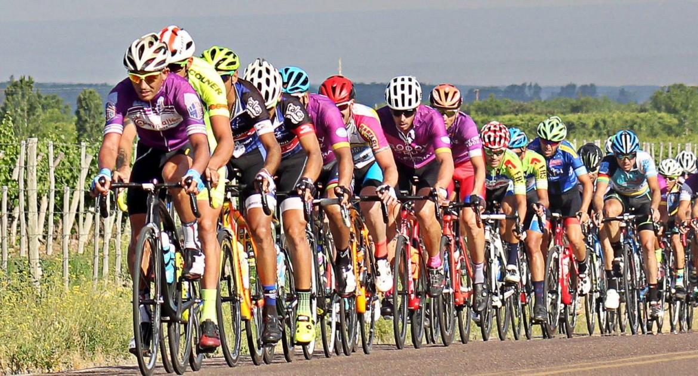 La Vuelta Ciclista pasará este jueves y viernes por Rocha!